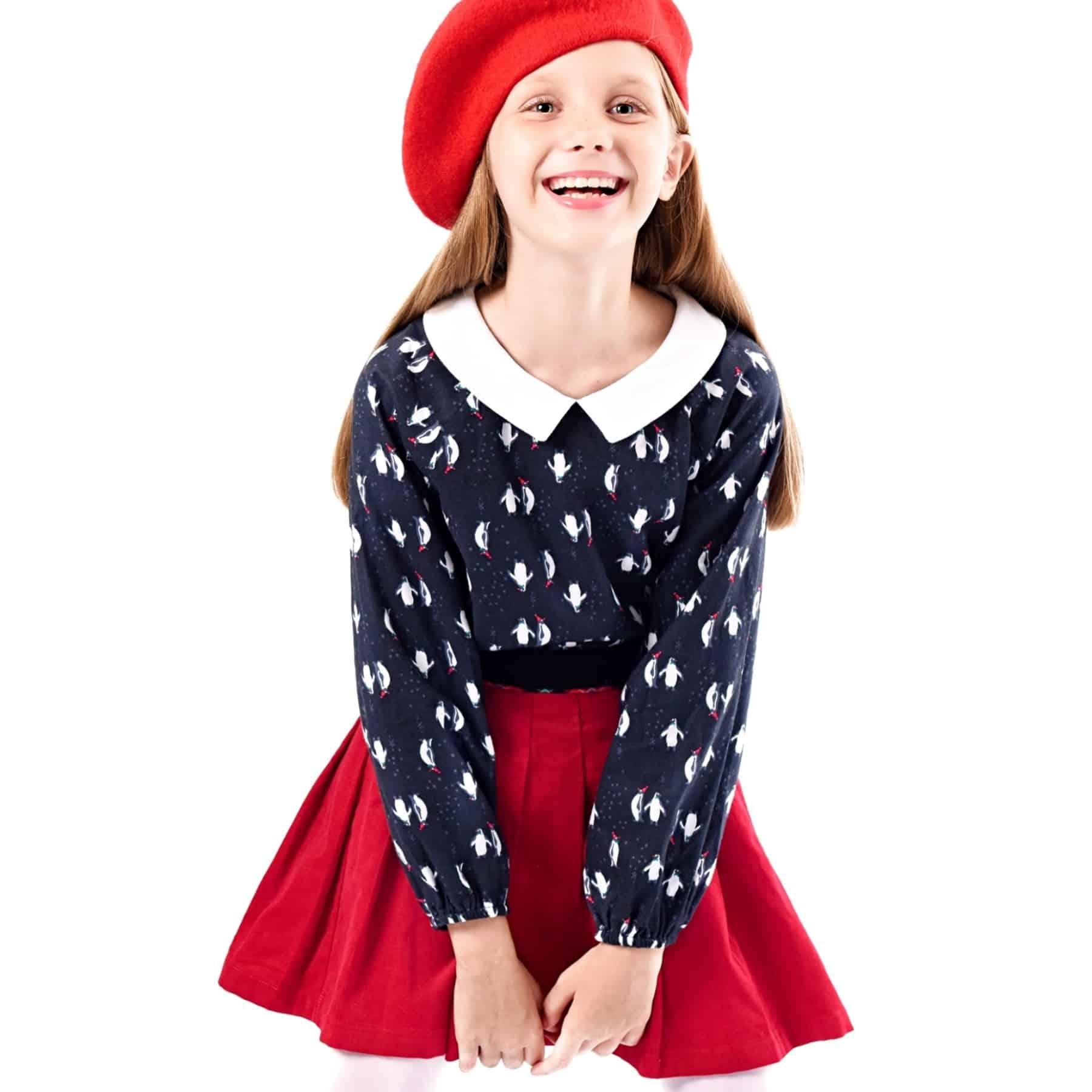 Blouse col Claudine de Noël imprimé fantaisie Pingouins avec bonnet de Père Noël rouge et blanc pour petites filles de 2 à 12 ans