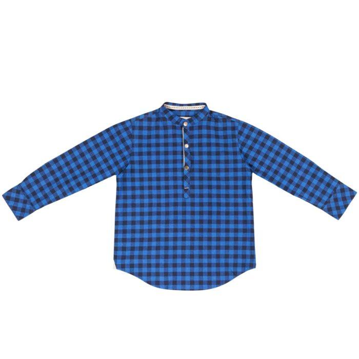 Chemise Col Mao en coton à carreaux vichy bleu marine et bleu roi avec boutons pression pour garçons de 2 à 12 ans. La Faute à Voltaire, marque créateur française pour enfants en commerce équitable.