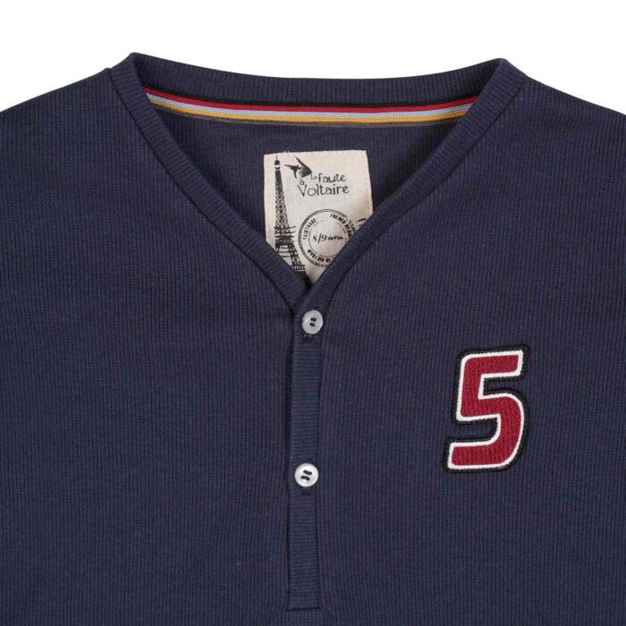 tee-shirt manches longues en coton jersey bleu marine, col V avec boutons et écusson pour garçon de 2 à 12 ans