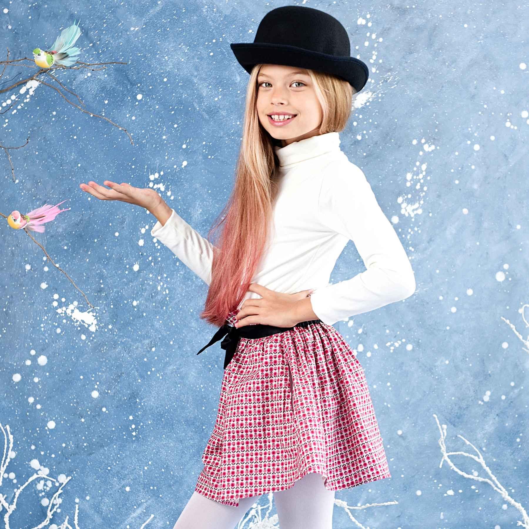 jupe coton fleuri liberty rose, beige et fuchsia avec une ceinture en satin noir pour petites filles de 2 à 12 ans