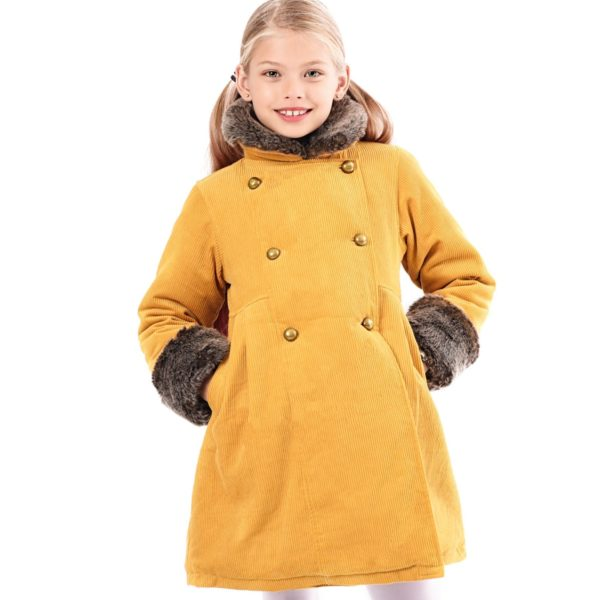 Manteau long et chaud pour petites filles en velours jaune moutarde, col et manches en fausse fourrure marron. Manches longueur ajustable
