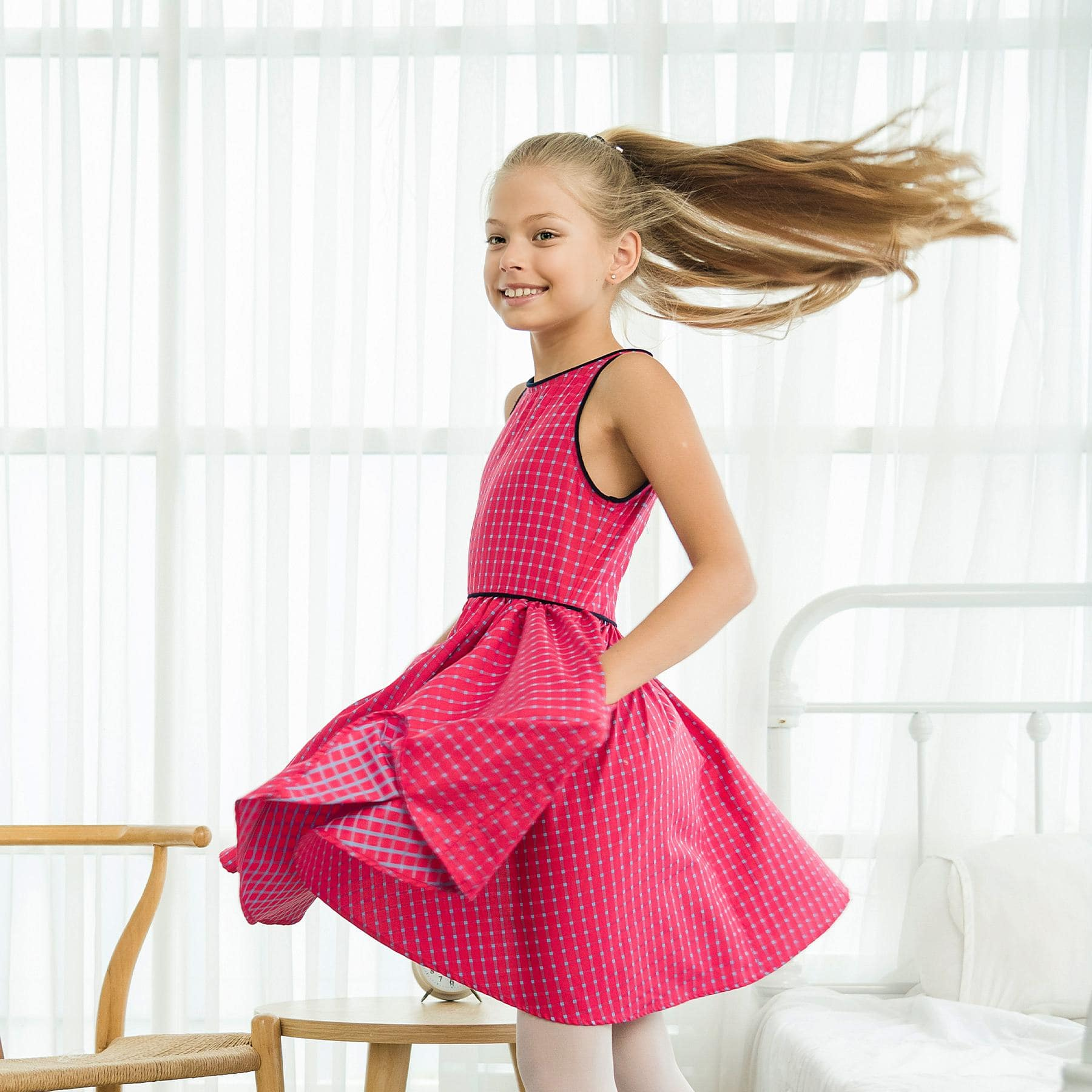 robe qui tourne sans manche en coton carreaux rose et bleu pour petites filles de 2 à 14 ans