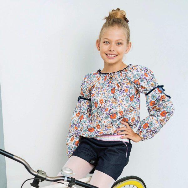 short en jean denim bleu foncé et ceinture à paillettes rose, bleu, argent, doré de la marque de mode pour enfant LA FAUTE A VOLTAIRE