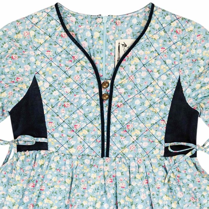 robe intersaison bi-matière coton bleu ciel fleuri liberty rose et velours bleu marine avec plastron avant matelassé et ruban bleu marine pour petites filles de 2 à 12 ans