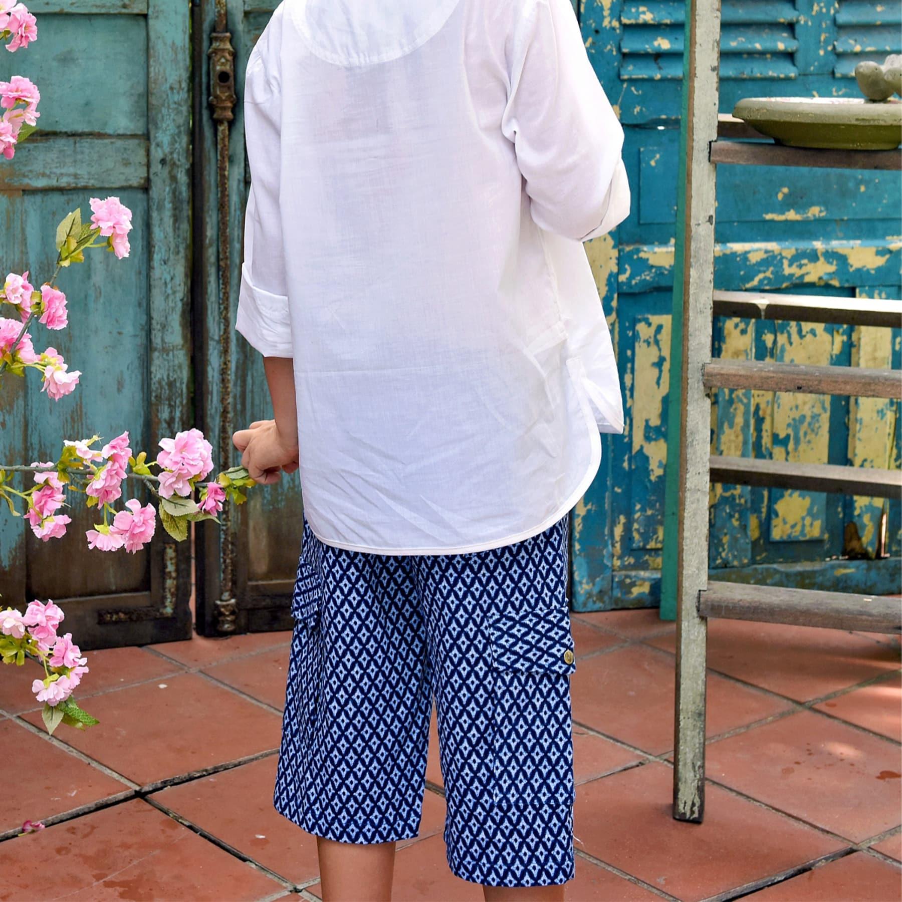 Short bermuda en coton imprimé japonisant bleu avec poches cargo et taille élastique pour garçons de 2 à 14 ans