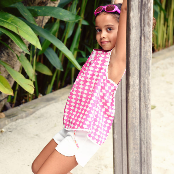 Blouse d'été en coton fantaisie rose et blanc bordé de fine dentelle blanche avec bretelles croisées dans le dos pour filles de 2 à 14 ans