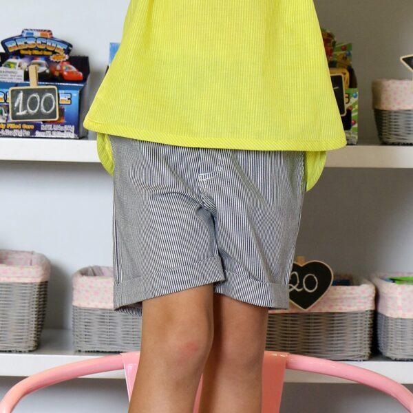Short été style chino en coton gris à fines rayures et doublure en coton étoilé pour les garçons de 2 à 14 ans