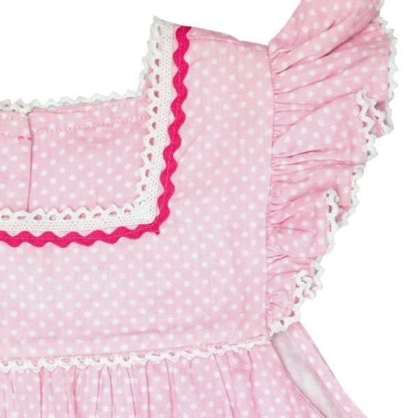 robe ample rose été fille à pois blancs, manches courtes à volants bordées de dentelle de la marque de mode pour enfant en commerce équitable LA FAUTE A VOLTAIRE