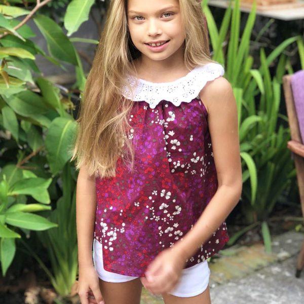 Blouse été en coton fleuri bordeaux avec col bardot en broderie blanche pour filles de 2 à 14 ans