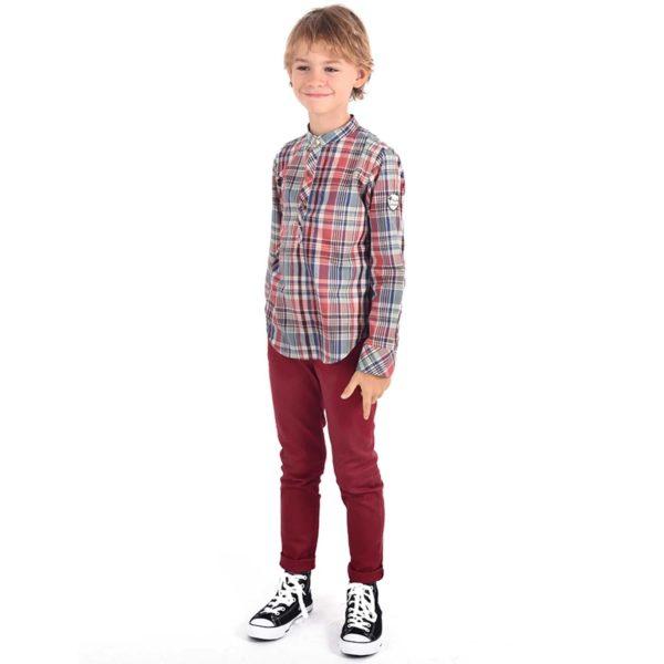 Pantalon bordeaux coupe slim fit pour garçon de la marque de mode pour enfant en commerce équitable LA FAUTE A VOLTAIRE.